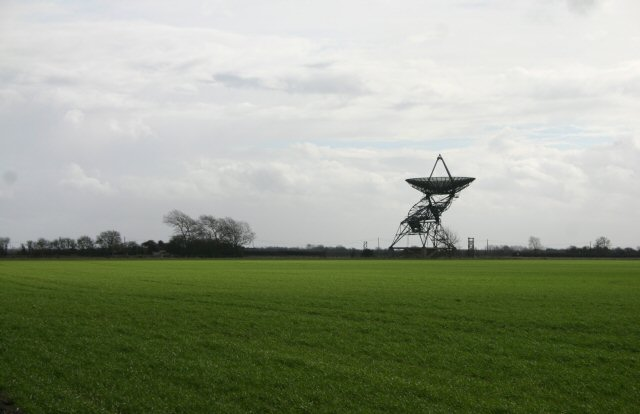 Radio telescope north of Haslingfield