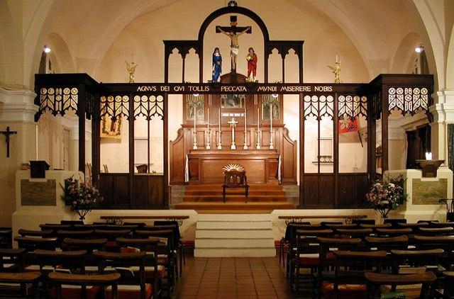 St Francis of Assisi, Hammerfield, Hemel Hempstead, Herts - East end