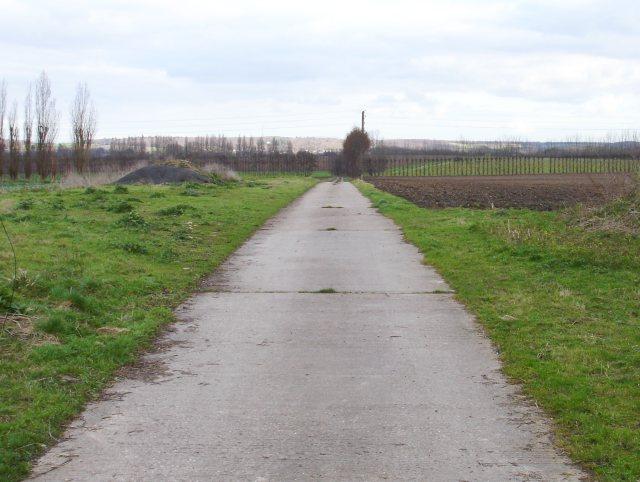 Farm track off Selling Road