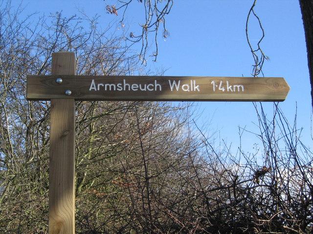 Armsheuch Walk Sign Post