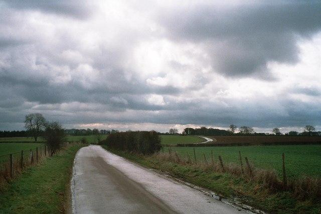 Road to Dunthrop