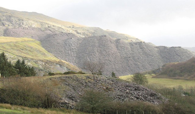 The rubbish runs of three Dinorwig quarries