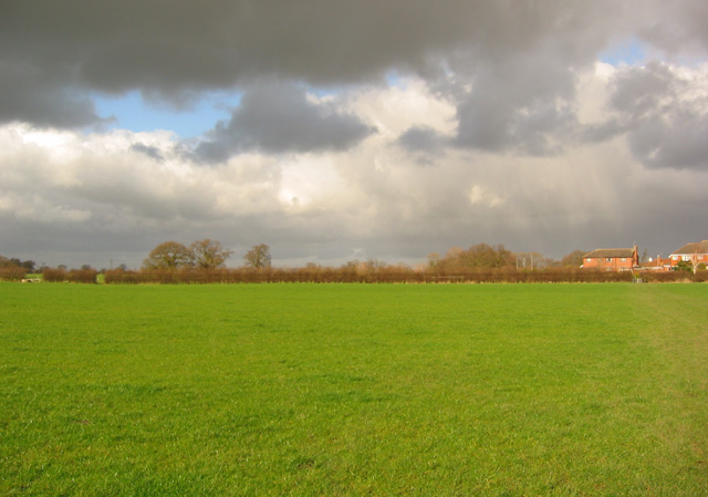 Storm clouds west of Wistaston