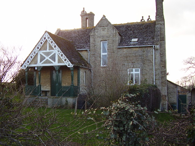 Estate cottage near Easton on the Hill