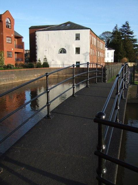 Footbridge beside Trews Weir