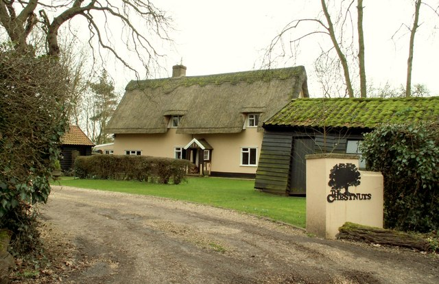 Thatched cottage at Hestley Green