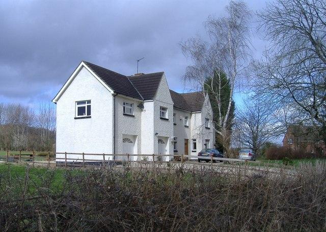 Broadoaks, Pentre Lane