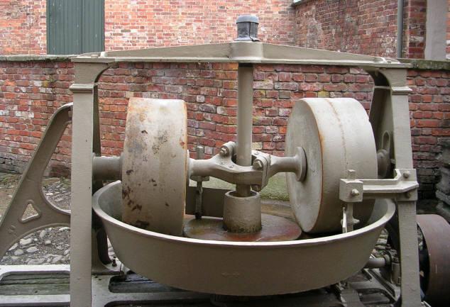 Erddig Mortar making machine