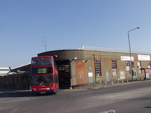 208 leaving Bromley Garage