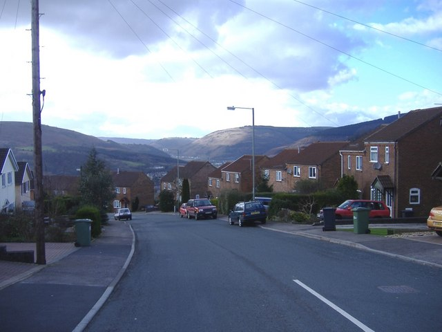 Cotswold Way, Risca