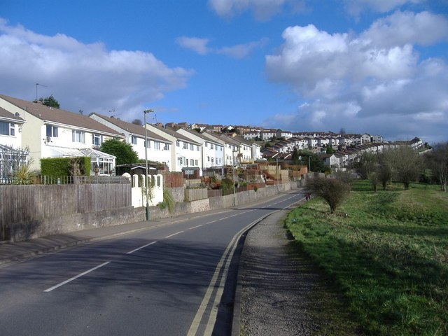 Holly Road, Risca