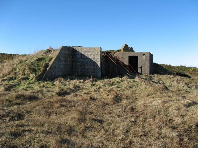 Derelict Building near Redhythe Point
