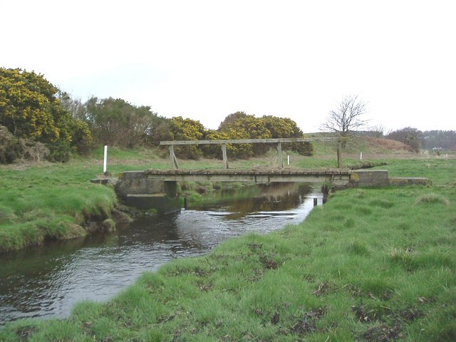 Footbridge connecting Golf Course with local nature walk