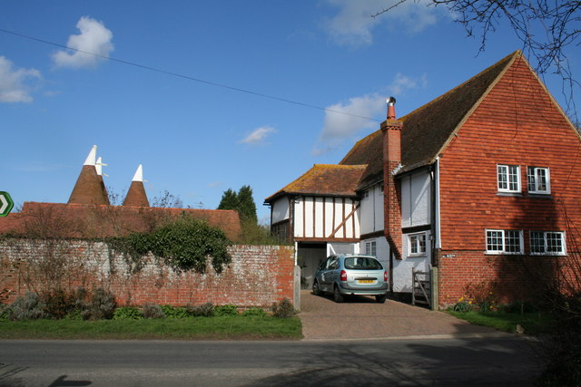 The Barn and Poplar Farm Oasts, Barnes Street, Kent