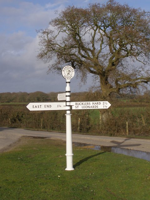 Guidepost at Thorns Corner