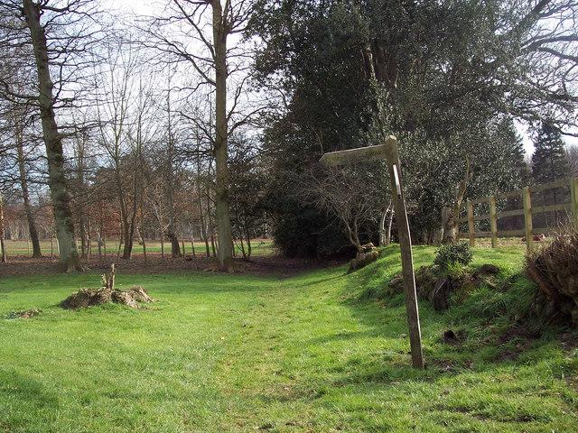 Footpath at Tentworth