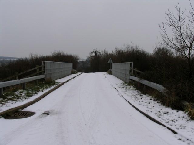 Bridge over A43