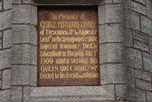 Cofeb ar Gloc y Dref Llangefni Memorial on Town Clock