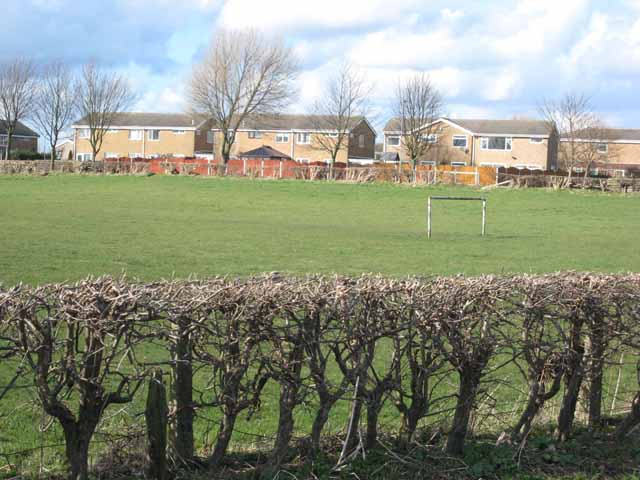 Cambridge Drive and football pitch, Great Lumley