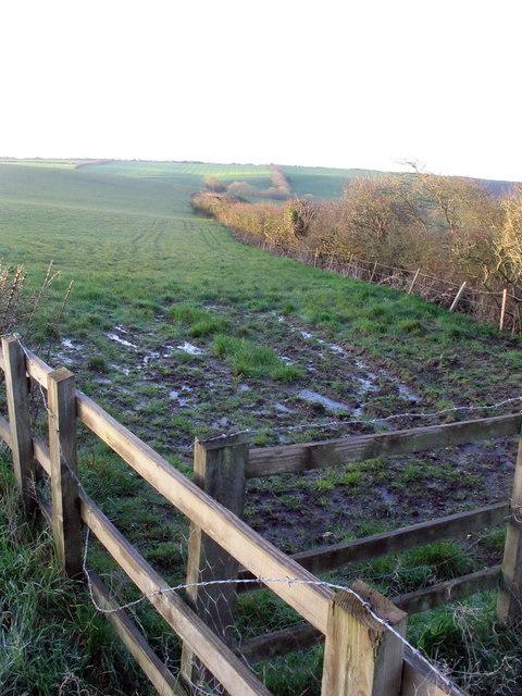 Entrance to fields near Rodden