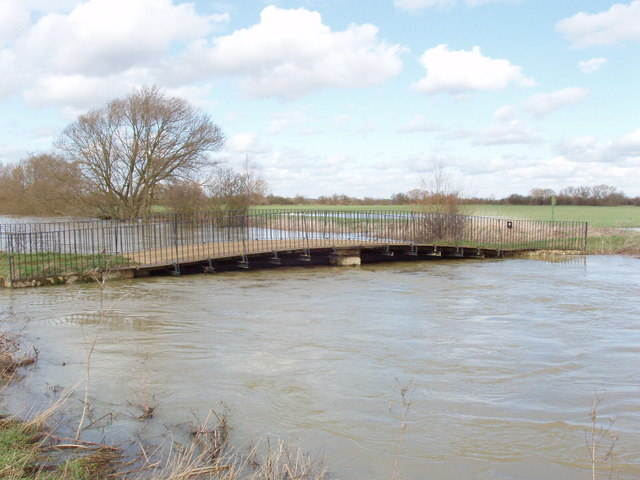 Sparsey Bridge over River Cherwell