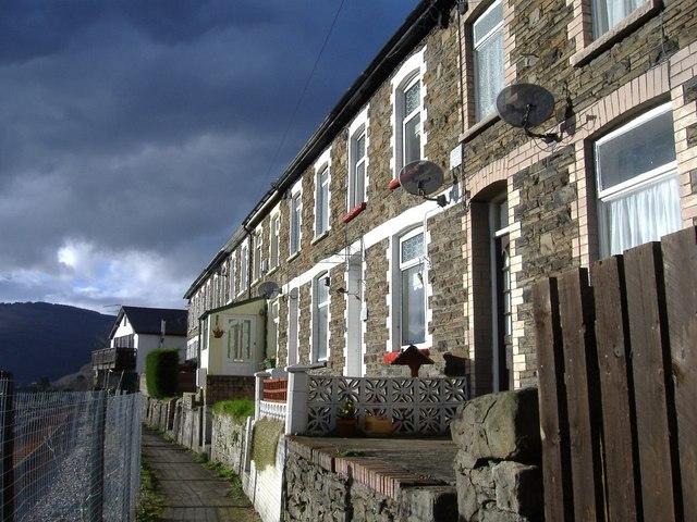 Traditional Welsh terrace, Fernlea