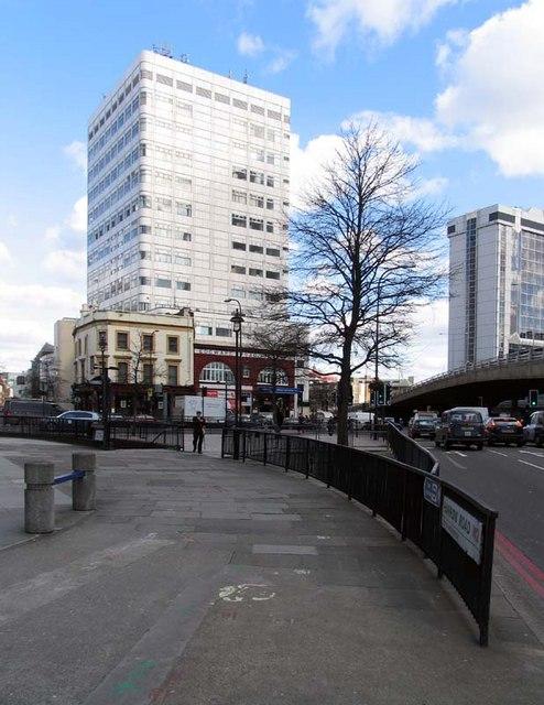 Edgware Road, Underground Station