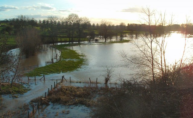 River Thame in Flood at Chearsley 29