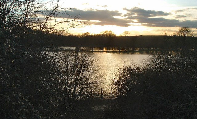 River Thame floods facing Notley from Railway embankment