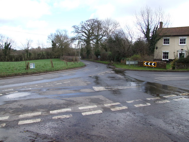 Road Junction, Low Tharston