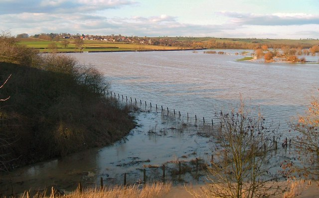 Chearsley from the Railway embankment during 2007 floods