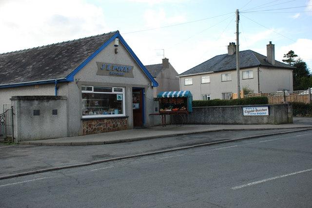 Siop y cigydd Chwilog butcher's shop