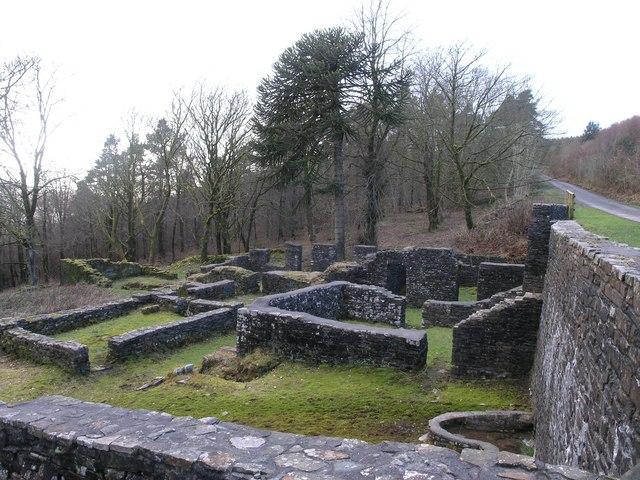 A ruin on Mynydd Nant-y-Bar