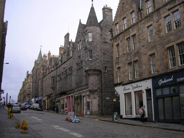 Boyd's Inn (now Boyd's Entry)
