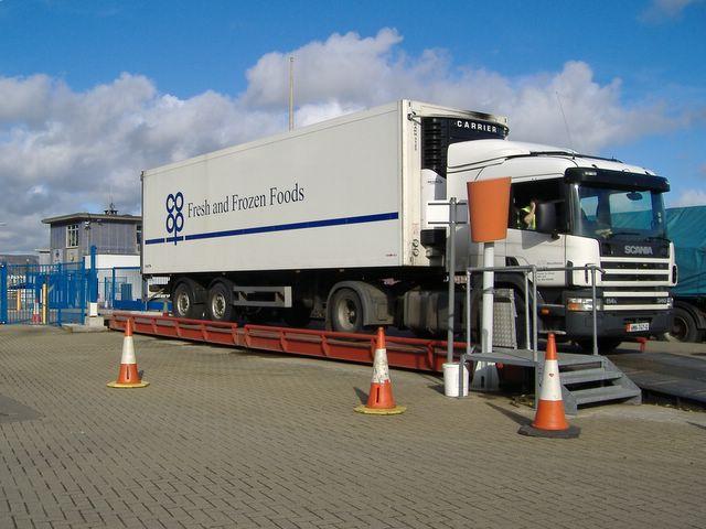 Lorry on weighbridge, Douglas, Isle of Man