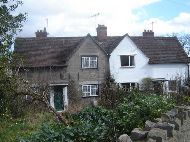 House with original features, Garden City, Chepstow