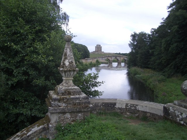 Mausoleum, Bridge and Lake