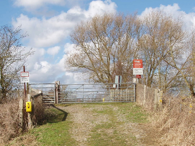 Water Eaton level crossing