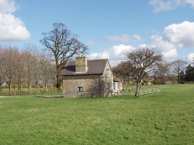 House near Water Eaton Manor