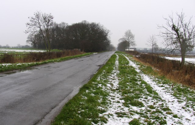 Buckworth Road towards Alconbury Weston