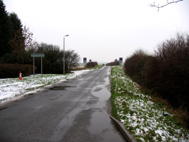 Globe Lane south from Alconbury