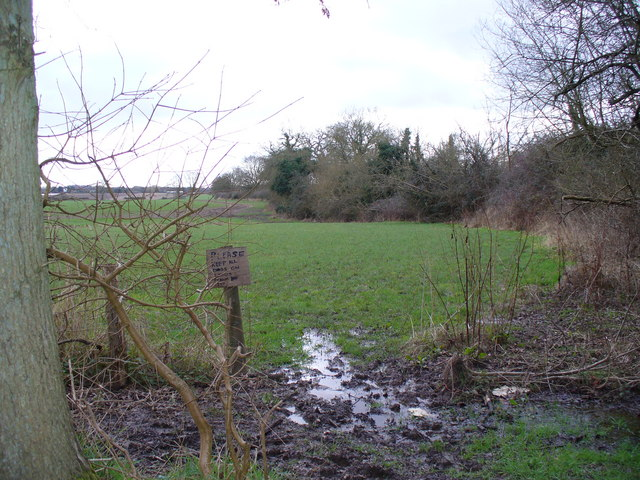 Footpath near Straits Inclosure