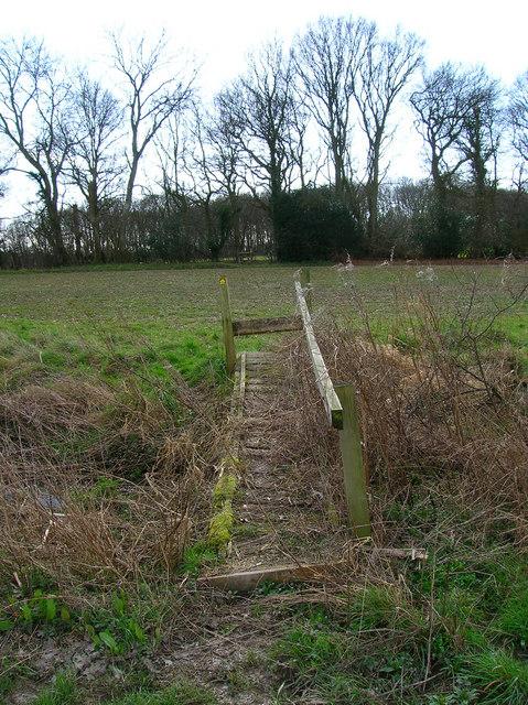 Footbridge near Caldicott's Wood