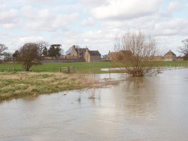 Flooded Cherwell by Water Eaton manor