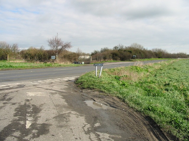 Millers Lane, junction with A253