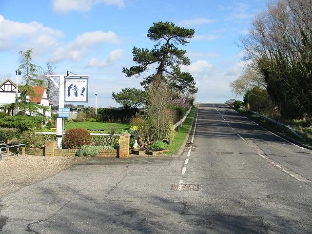 Looking NE along road over Stour Bridge