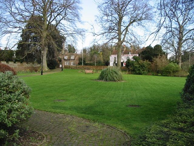 Gardens of Sarre Court