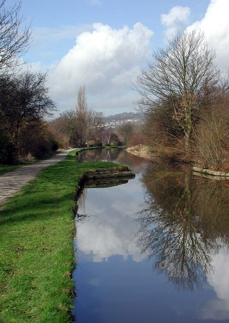 Leeds & Liverpool Canal, East Morton