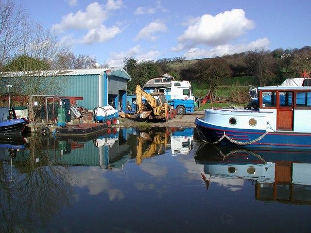 Crossflatts Boatyard