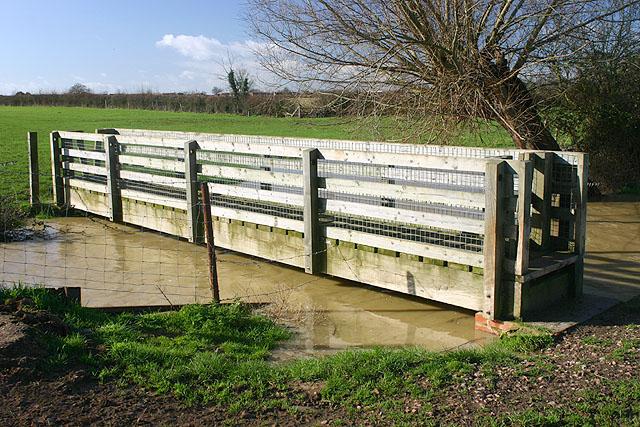 Footbridge over Carrant Brook